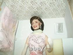 Jacqueline Kennedy Porcelain Doll Franklin Mint NEW