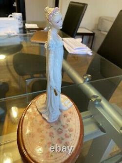 Jane Austen Emma Franklin Mint Fine Porcelain Hand Painted Figurine