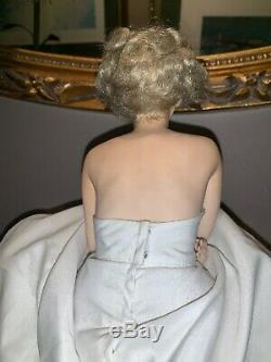 Love Marilyn Monroe Franklin Mint Porcelain Portrait Doll & Satin Seat