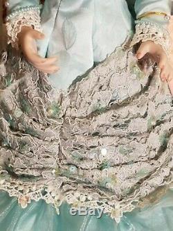 MARYSE NICOLE Franklin Mint Heirloom Mint Julep porcelain doll 20