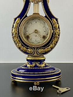 Marie Antoinette Porcelain Gilt Blue Lyre Mantel Clock Franklin Mint V&A Museum