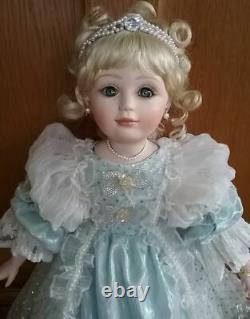 Marie Osmond 1996 L. E. Fairy Tale Cinderella Doll 24 Tall Franklin Mint HTF