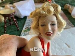 Marilyn Monroe Franklin Mint Forever Marilyn Porcelain Portrait Doll Reclining