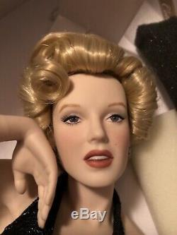 Marilyn Monroe Porcelain Franklin Mint Collector Doll Eternally Marilyn