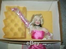 Marilyn Monroe porcelain Doll Franklin Mint