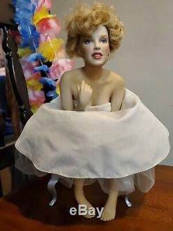 Marilyn monroe porcelain doll With Bench