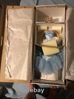 NEW 1997 Franklin Mint Marilyn Monroe No Biz Like Showbiz Porcelain Doll WithBOX