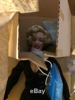 NEW NRFB Marilyn Monroe 19 Franklin Heirloom Porcelain Doll Black Dress