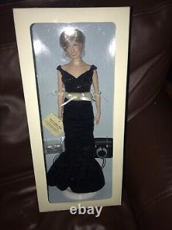 New Franklin Mint Princess Diana Doll Blue Gown Never Removed from Box