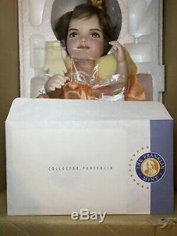Porcelain Jackie Kennedy Portrait Baby Doll FRANKLIN MINT Rare mint condition