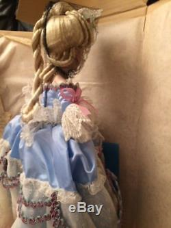 RARE NRFB Beautiful Franklin Mint Marie Antoinette Collectible Porcelain Doll
