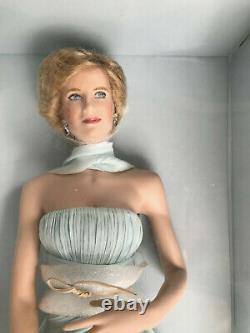 The Franklin Mint Diana Princess of Wales Porcelain Portrait Doll