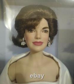 The Franklin Mint Jackie & John Kennedy Porcelain Dolls