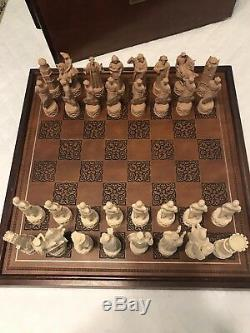 The Great Crusaders Chess Set Franklin Mint Porcelain Pieces 1984