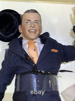 Very Rare Boxed Franklin MINT Frank Sinatra Porcelain Portrait Doll Unused
