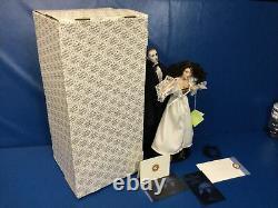 Vintage 1986 Franklin Mint Phantom Of The Opera Porcelain Heirloom Dolls A1532