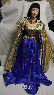 Vintage 1989 Franklin Mint Heirloom Doll Cleopatra Porcelain Parts 21 High