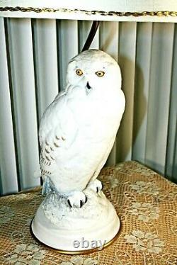Vintage Franklin Mint The Snowy Owl Fine Porcelain Table Lamp by Raymond Watson